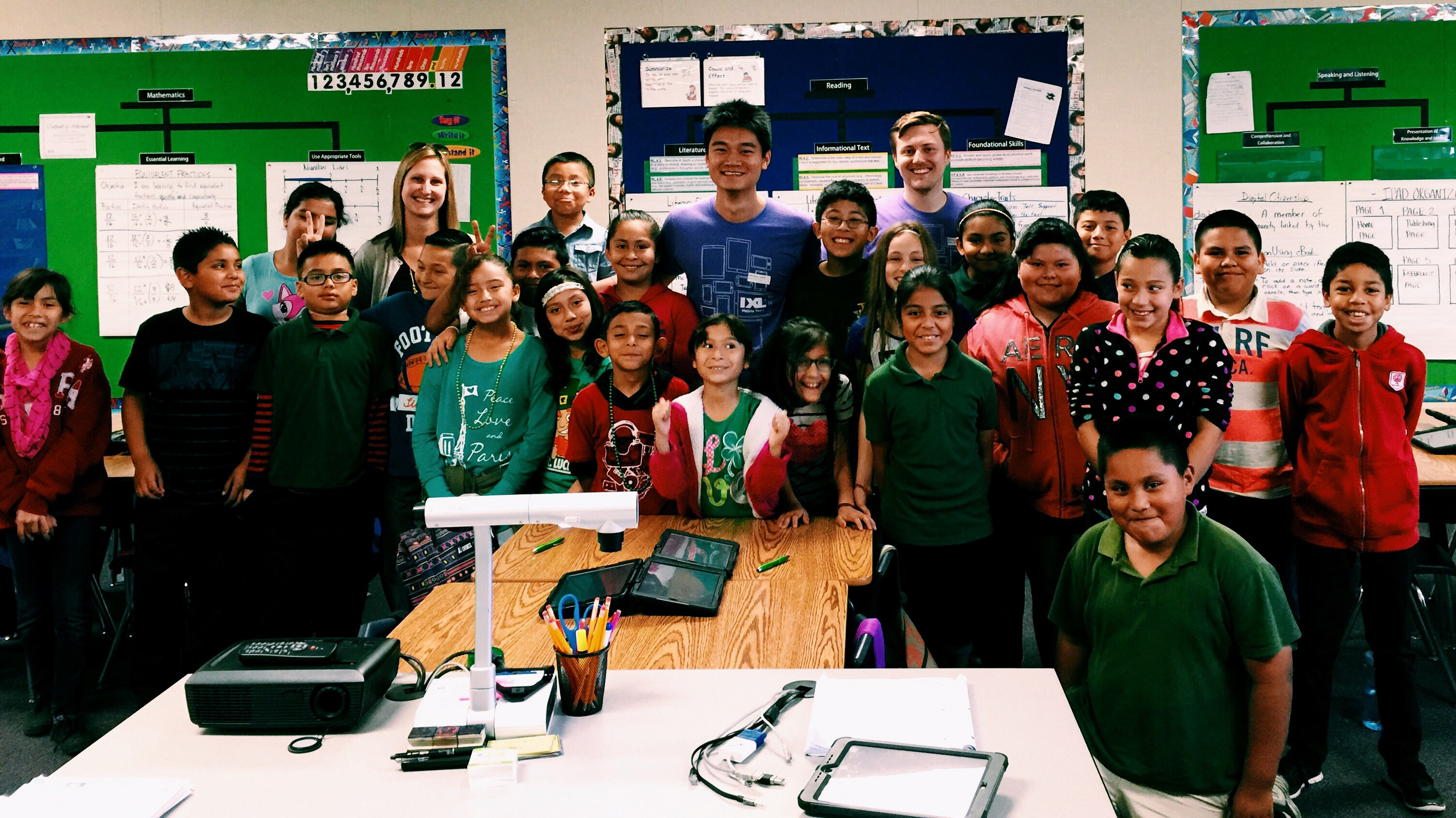 IXL\'s Mobile Team Goes Back to School for a Classroom Visit!