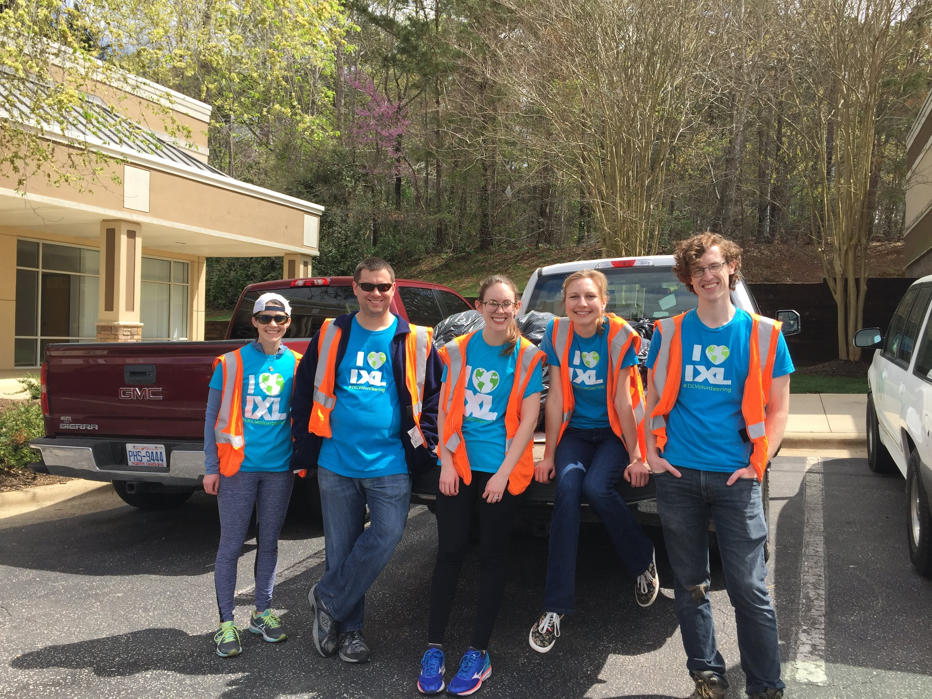 Sprucing Up the Town: IXLers Help Clean Up Cary, NC