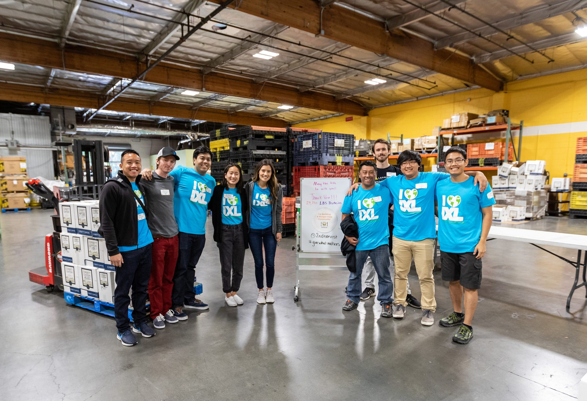 IXLers volunteer at the Second Harvest Food Bank